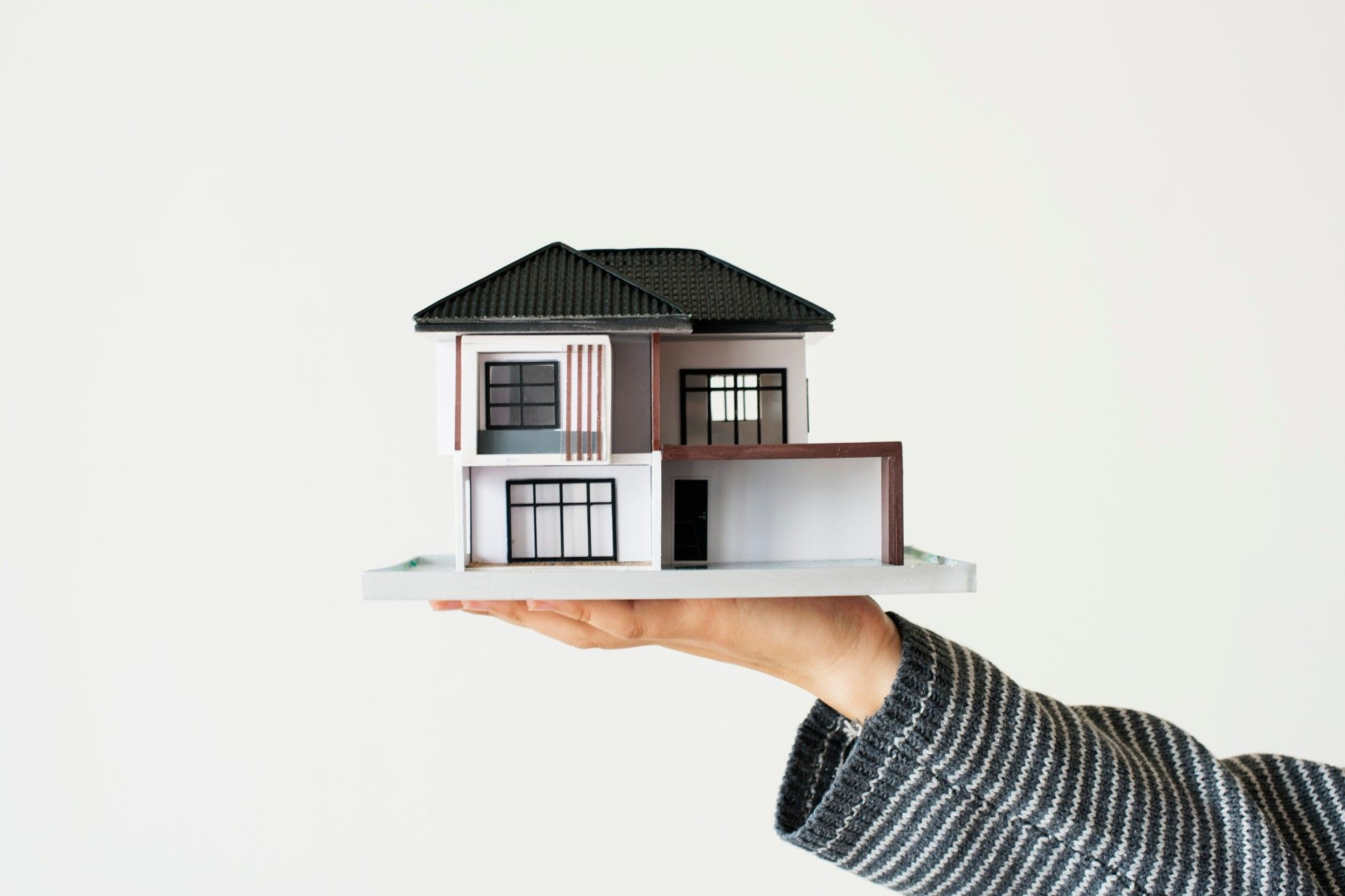 Create Real Estate Virtual Tour with Immersive Cloud Technology